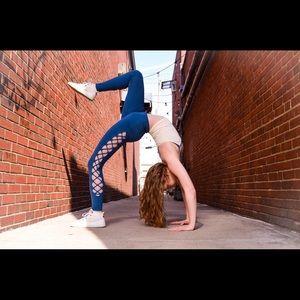 Alo Yoga Interlace Leggings in Legion Blue - Small